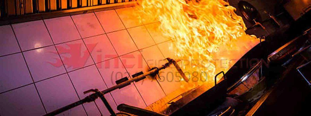 Cara Memadamkan Api Kebakaran Kelas K (Minyak Goreng & Lemak) di Dapur
